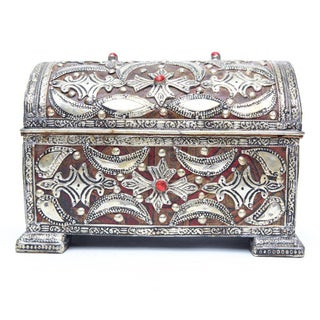 Handcrafted Silver-Coated Metal & Leather Interior Jewelry Box Preview