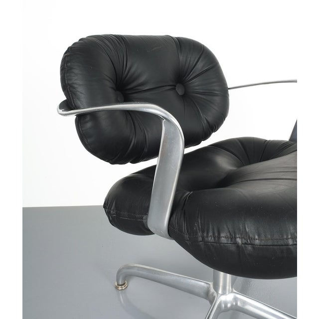 Pair Morrison and Hannah Knoll Office Chair Aluminum Black Leather, 1975 For Sale - Image 6 of 9