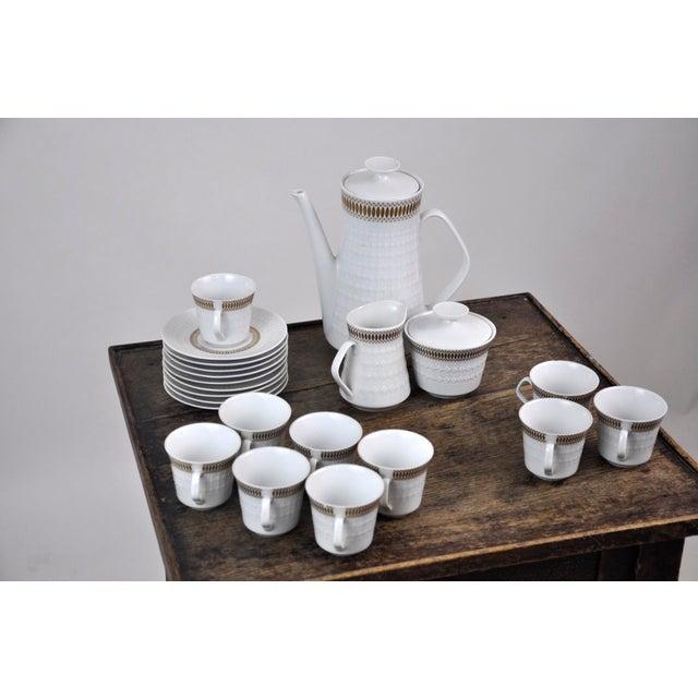 Winterling Marktleuthen Bavaria Mid-Century Modern Embossed Diamonds Coffee Pot Porcelain 23 Pieces Set For Sale - Image 9 of 10