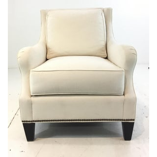 Thomasville Transitional White Natural Cotton Club Chair Preview