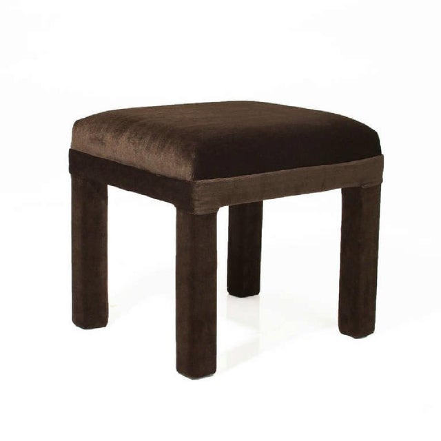 Hollywood Regency Final Markdown Mid-Century Sorrel Mohair Stool For Sale - Image 3 of 4