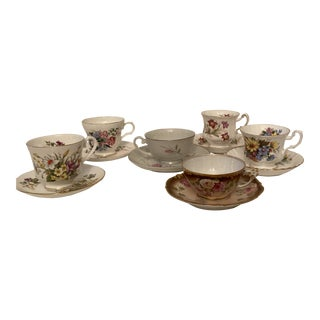 1960s Mismatched Floral Patterns Tea Cups and Saucers - Set for 5 For Sale