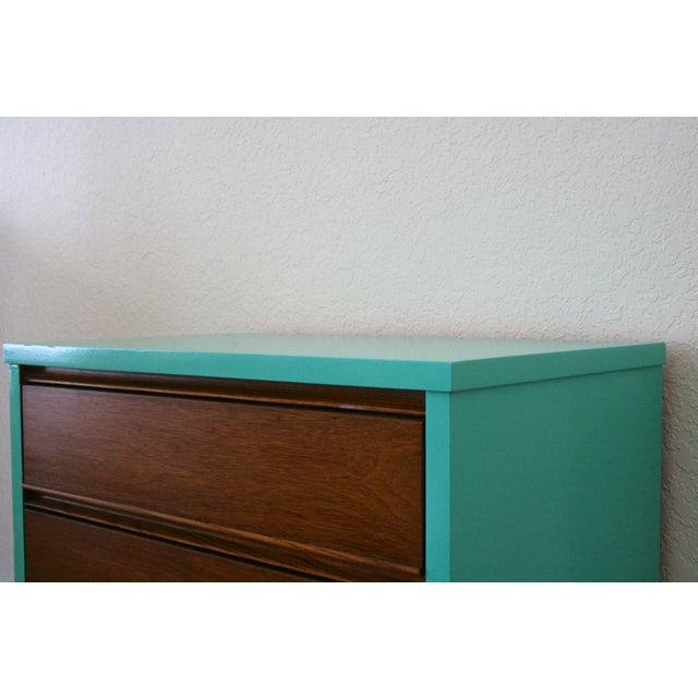 Dixie 1960s Danish Modern Dixie Two-Tone Aqua Nightstand For Sale - Image 4 of 8