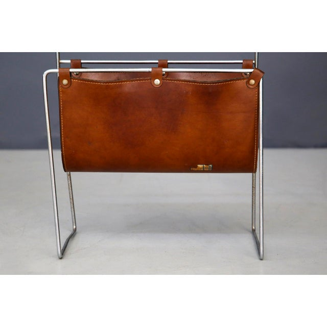Carl Auböck Carl Auböck II MidCentury Magazine Holder in Leather and Steel, 1950's For Sale - Image 4 of 11