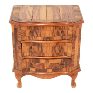 Mid 20th Century Italian Commode For Sale