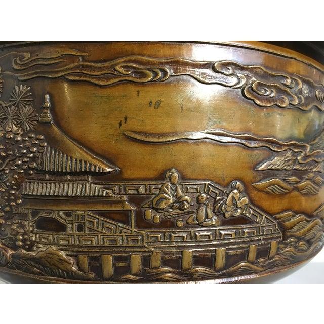 Gold Japanese Cast Bronze Hibachi Jardiniere, Meiji Period For Sale - Image 8 of 11