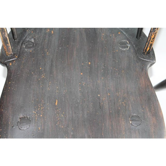 Set of Four 18th Century Black Painted Brace Back Windsor Chairs - Image 4 of 10