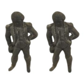 Pair of American Country style (19/20th Cent) iron andiron in the form of George Washington