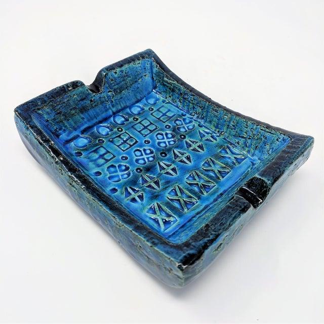 Blue Mid-Century Rimini Blue Aldo Londi Bitossi Ceramic Ashtray for Raymor For Sale - Image 8 of 8
