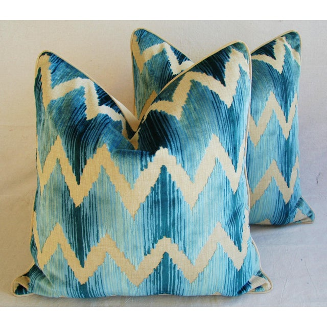 This is a pair of large custom-tailored Lee Jofa pillows. The pillow fronts are a vintage/never used cotton and linen...