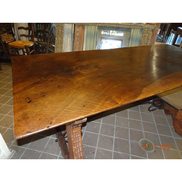 19th Century Spanish Walnut Dining Table For Sale In New Orleans - Image 6 of 13