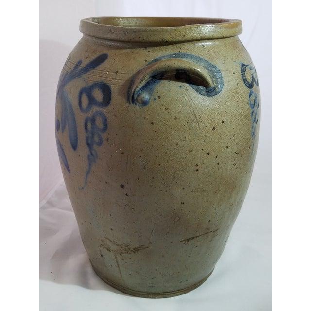 Americana Antique 3 Gallon Stoneware Blue Decorative Glaze Mid-Atlantic Crock For Sale - Image 3 of 6