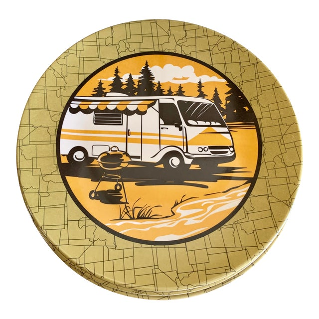 Camping Outdoor Dining Trailer Park Plates, Set of Eight For Sale