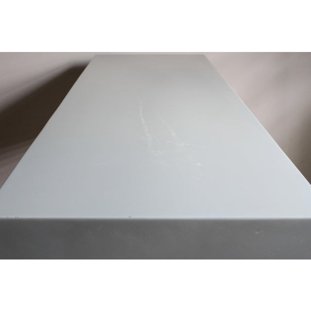"""Wood Space Age Gray Lacquered J. Wade Beam """"Tee"""" Console Table for Brueton For Sale - Image 7 of 13"""