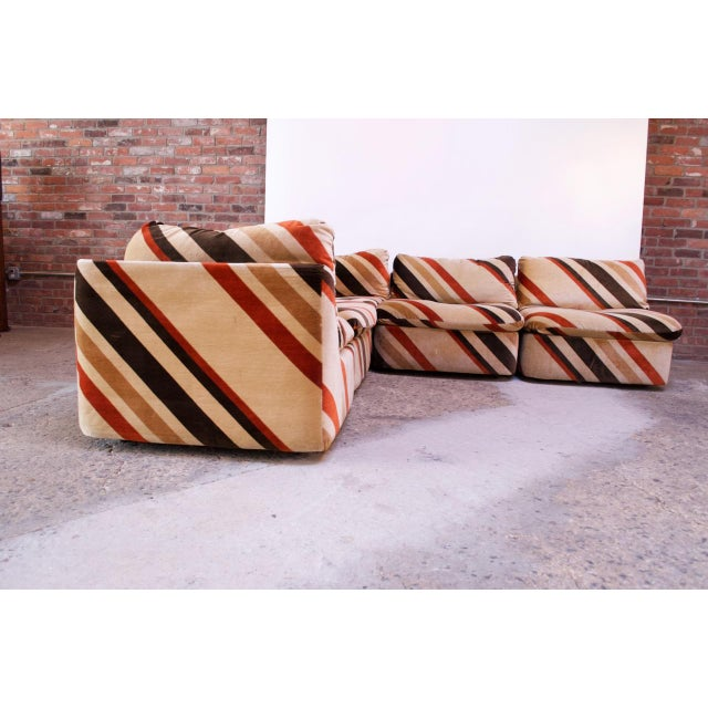 Mid-Century Modern 1970s American Modern Five-Piece Chevron Sectional Sofa For Sale - Image 3 of 13
