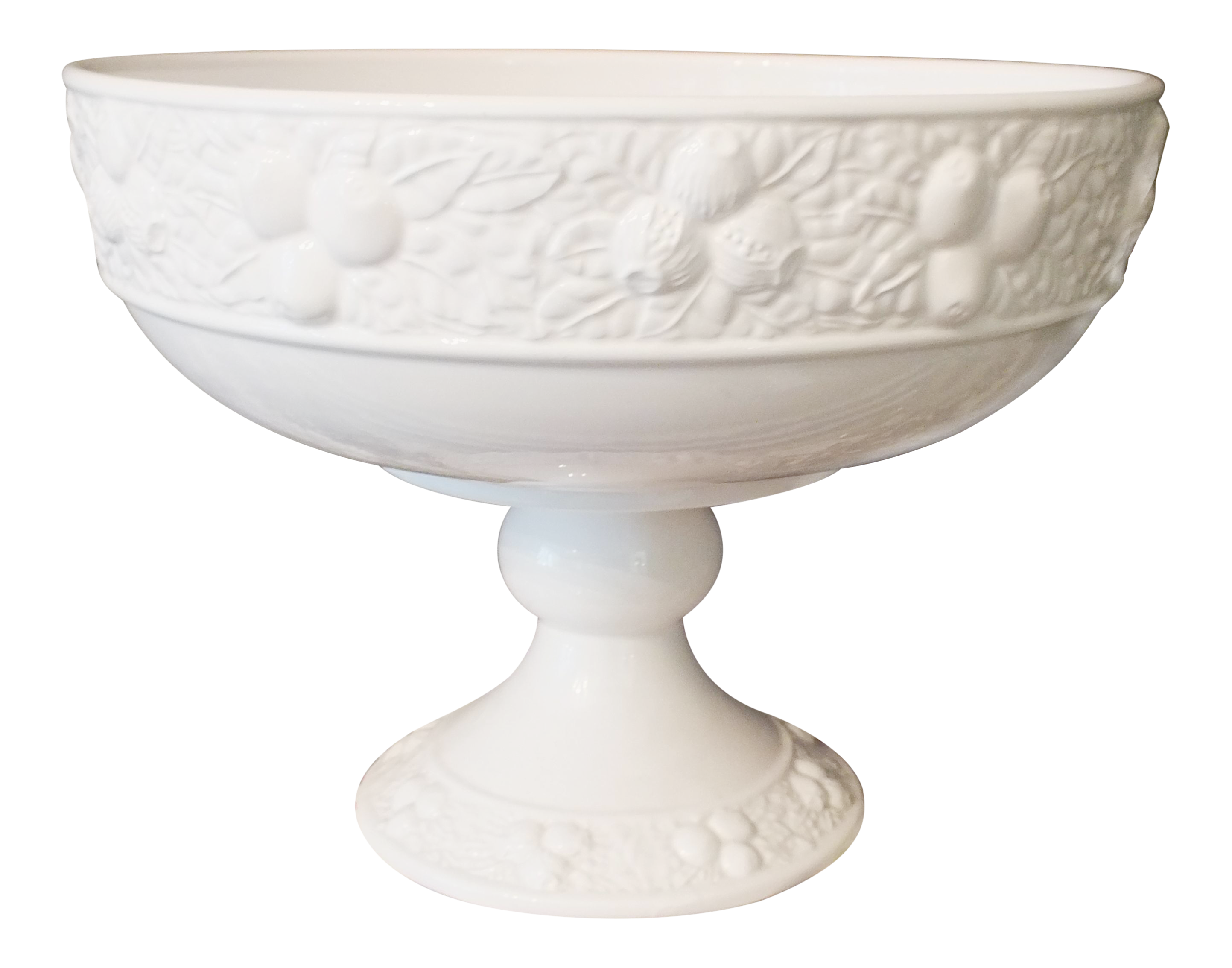 Excellent White Ceramic Large Footed Pedestal Fruit Bowl | Chairish OO15
