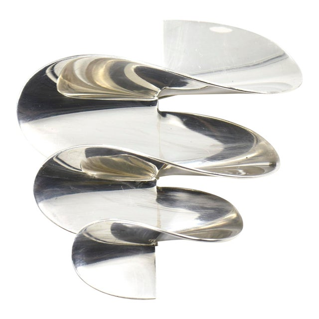 Modernist 3d Mexican Sterling Swirl Brooch For Sale