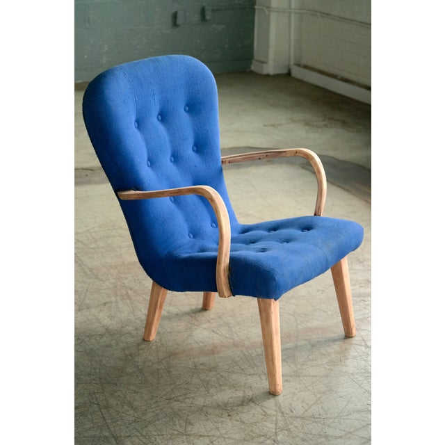Modern Pair of 1950s Danish Lounge Chairs in the Style of the Clam Chair by Arctander For Sale - Image 3 of 11
