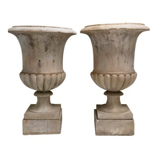 Mid 18th Century Carrara Marble Medici Urn Pair With Marble Stands - Pair For Sale
