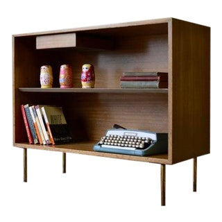 Mid Century Modern Harvey Probber Bookcase For Sale