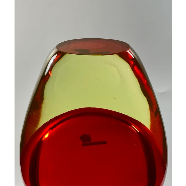 "1965 Antonio Da Ros Cenedese ""Borraccia Ovale"" Sommerso Red Vaseline Glass Vase, Signed For Sale - Image 10 of 12"