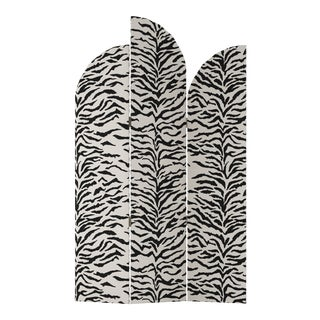 Screen, Linen Zebra Cream Black For Sale