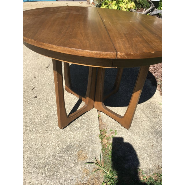 Broyhill Emphasis Mid Century Dining Room Table For Sale - Image 11 of 12