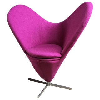 Verner Panton Style Heart Chair For Sale