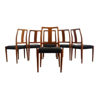 Danish Modern Sculpted Dining Chairs in Teak - A Set of 6, Denmark For Sale