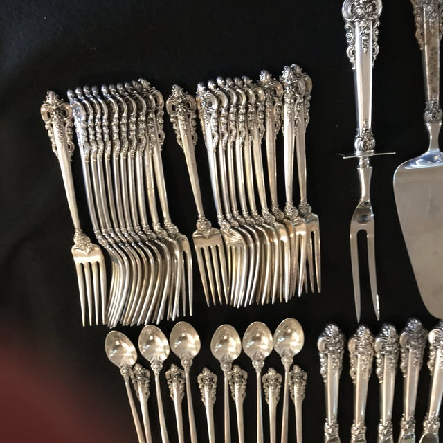 Baroque Wallace Sterling Silver Grand Baroque 93 Pc Flatware For Sale - Image 3 of 11