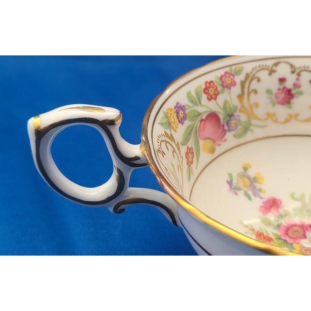Dresden Porcelain Dresden Sprays English Fine Bone China Hammersley Tea ~ Coffee Cup For Sale - Image 4 of 6