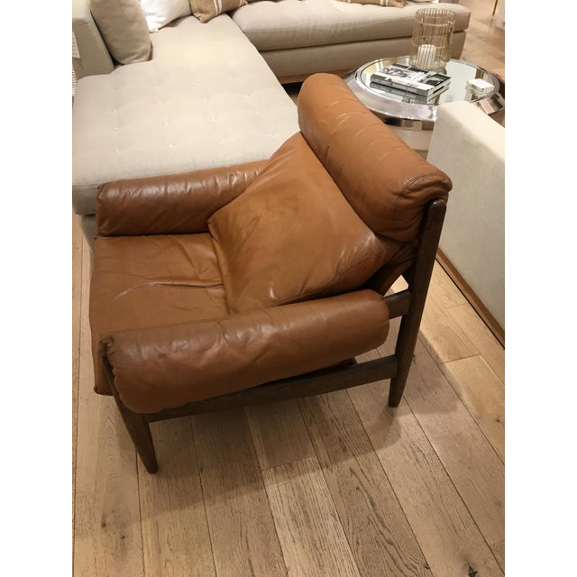 1970s 1970s Mid-Century Modern Brown Leather and Wood Lounge Chair For Sale - Image 5 of 5