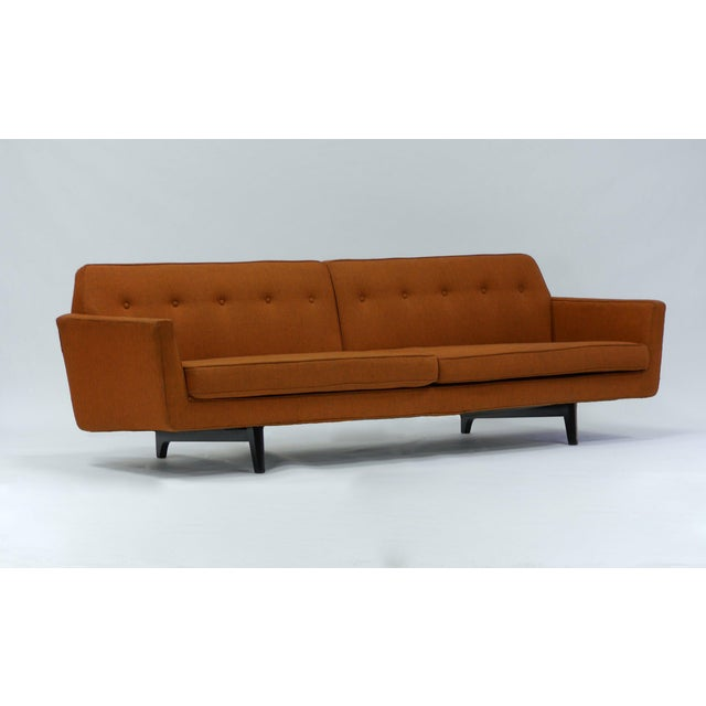 Dunbar Furniture Pair of Bracket Back Sofas by Edward Wormley for Dunbar For Sale - Image 4 of 8
