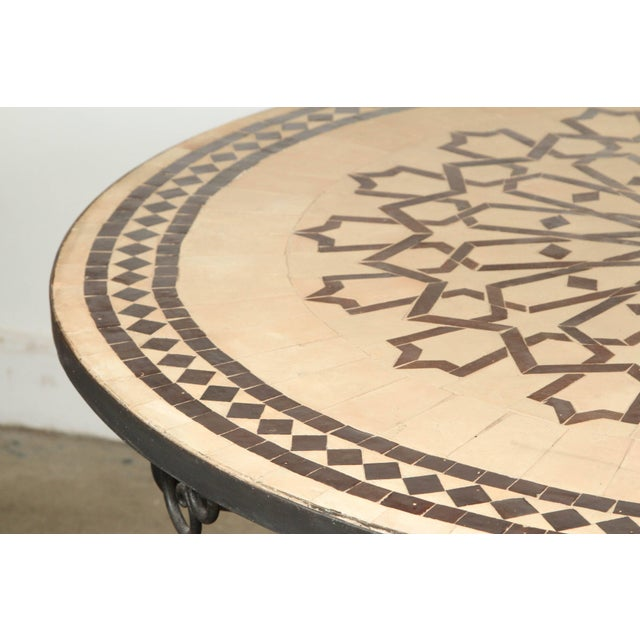 Mid 20th Century Moroccan Round Mosaic Outdoor Tile Table on Iron Base 47 In For Sale - Image 5 of 10