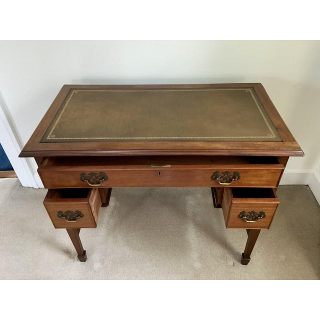 Vintage Georgian Walnut Writing Table With Tooled Leather Top For Sale In New York - Image 6 of 12