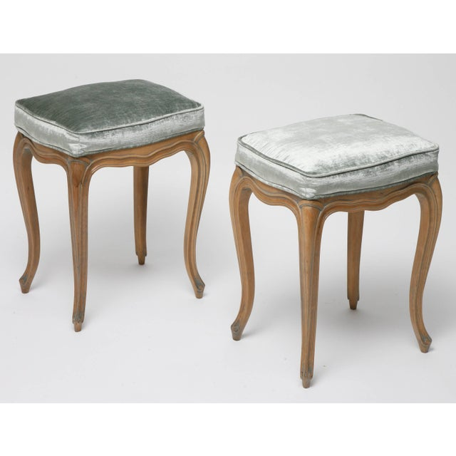 Hollywood Regency Vintage Louis XV Beechwood Benches / Stools in Blue-Grey Silk Velvet - a Pair For Sale - Image 3 of 11