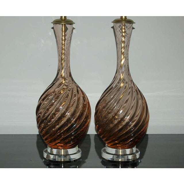 Brass Marbro Murano Glass Table Lamps in Peach Tea For Sale - Image 7 of 10
