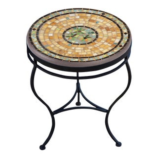 """Malibu 18"""" Side Table with Black Base For Sale"""