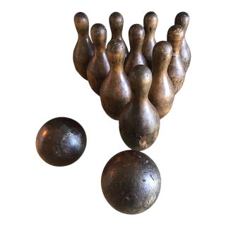 Antique Early 20th Century Complete Set of Bowling Pins With Two Lignum Vitae Bowling Balls - 12 Pieces For Sale