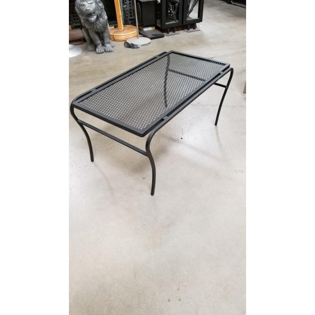 """1950s Iron and Mesh Low Outdoor/Patio """"U"""" Leg Coffee Table by Woodard For Sale - Image 5 of 5"""