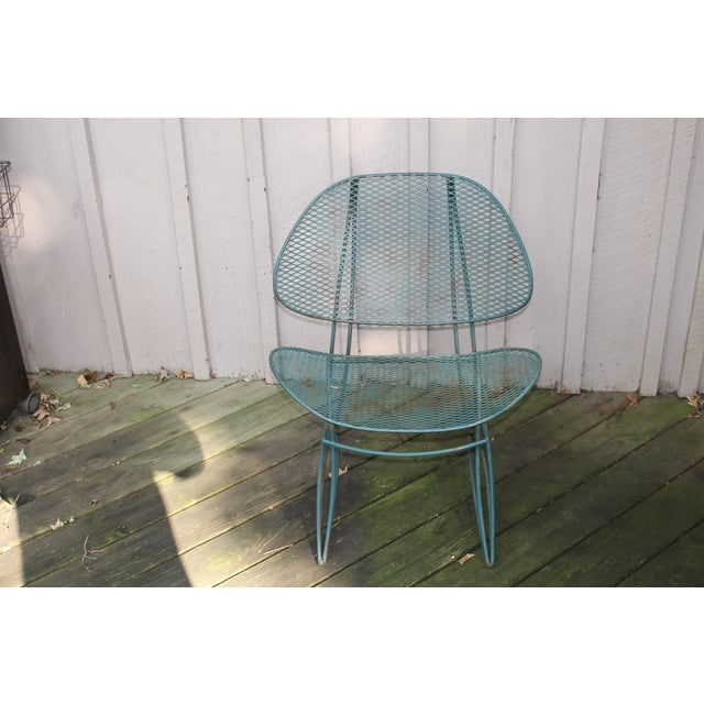 Offered is a pair of two green iron mesh outdoor clam chairs, designed by Maurizio Tempestini for Salterini. These are...
