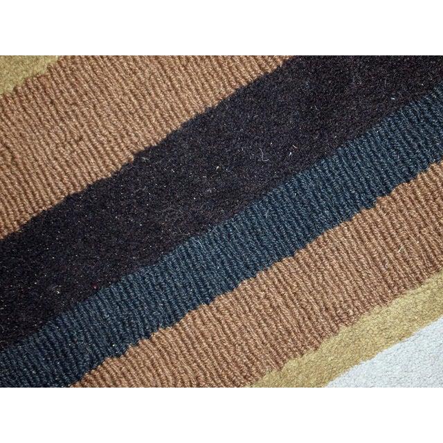 1980s handmade vintage Indian Modern rug 5.6' x 7.9' For Sale - Image 10 of 10