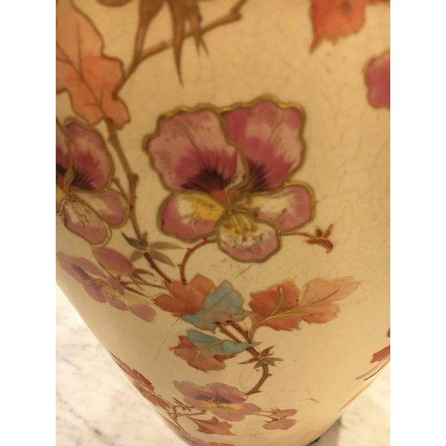 Pointons Floral Pottery Vase - Image 9 of 9