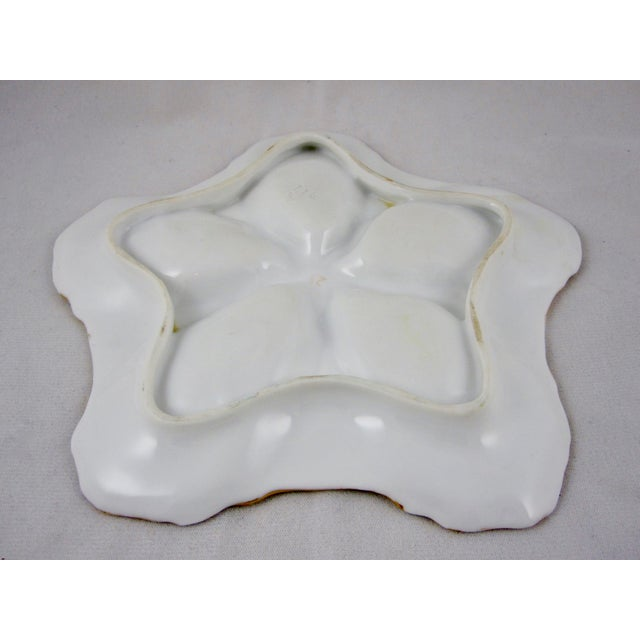 19th Century Star Shaped Porcelain Hand Painted Oyster Plate For Sale In Philadelphia - Image 6 of 8