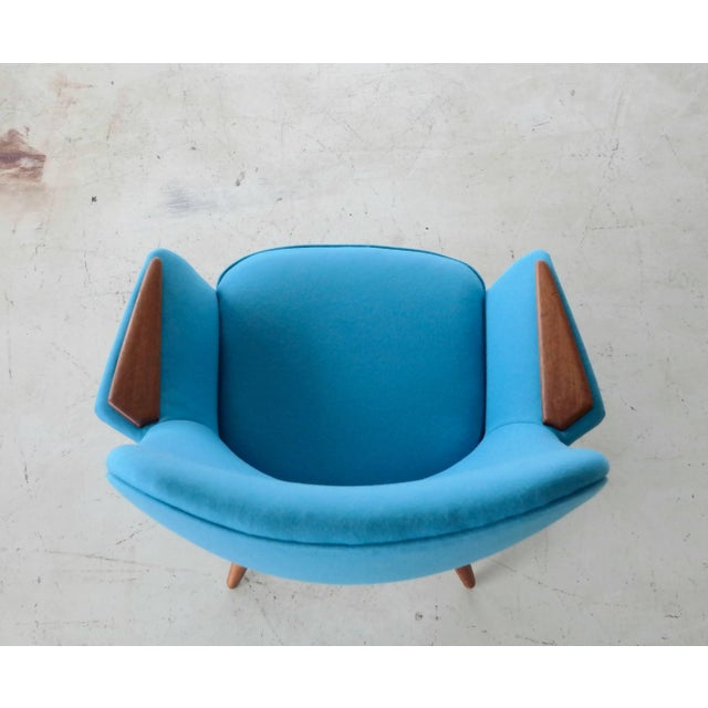 Teak Frode Holm Attributed 1950s Lounge Chair With Teak Armrests Upholstered in Kvadrat Divino Wool For Sale - Image 7 of 10
