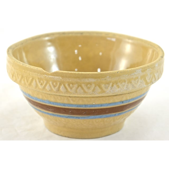 """1930s Blue Stripe 5"""" Yellow Ware Bowl - Image 3 of 5"""