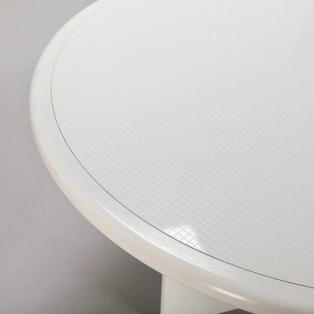 Mid Century White Lacquered Round Table - Image 8 of 8
