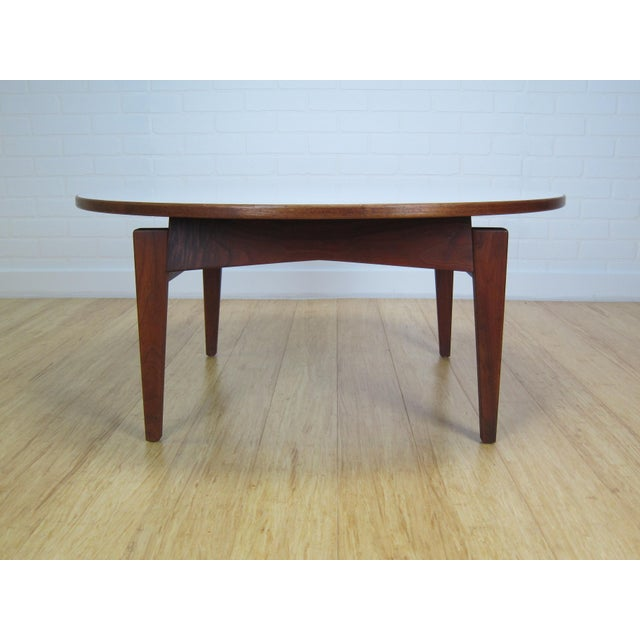 Mid-Century Modern Mid-Century Jens Risom Laminate & Walnut T-336 Coffee Table For Sale - Image 3 of 9