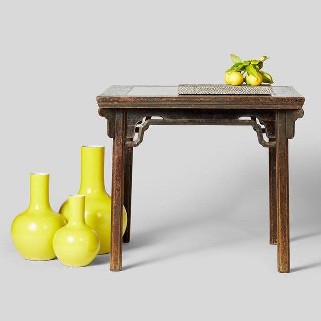 Citron Gooseneck Vase For Sale In Chicago - Image 6 of 7