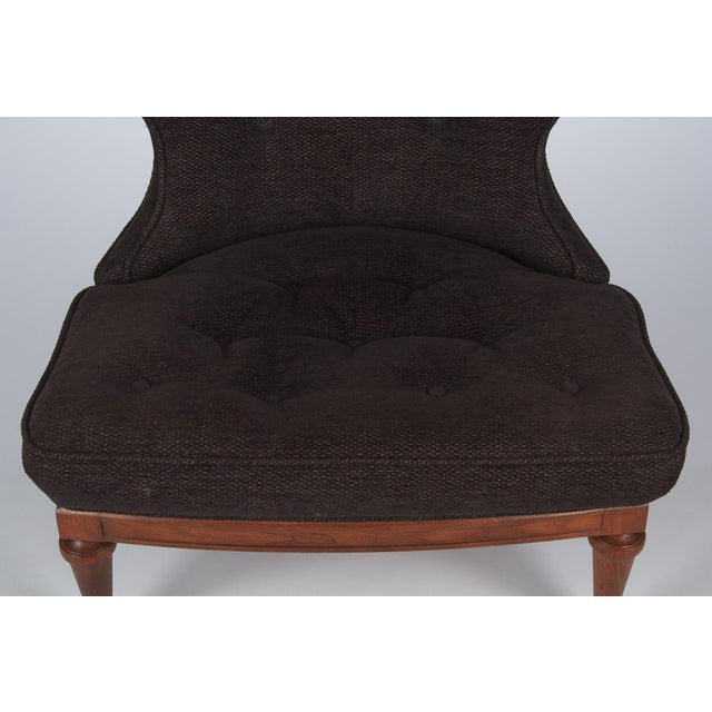 1960s 1960s Hollywood Regency Crest-Back Button-Tufted Chair For Sale - Image 5 of 13